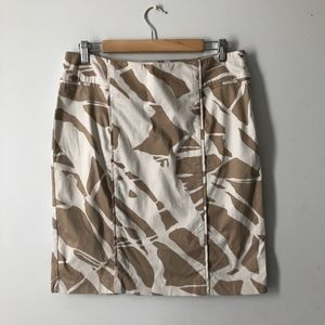NEW YORK & CO STRETCH ABSTRACT PRINT SKIRT